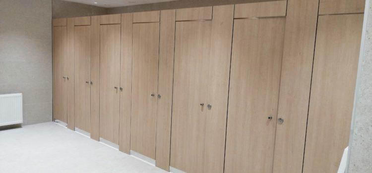 Compartimentari / Partitii toalete din HPL